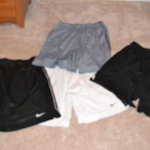 Lot of 4 pair of Nike XL Shorts - Basketball,